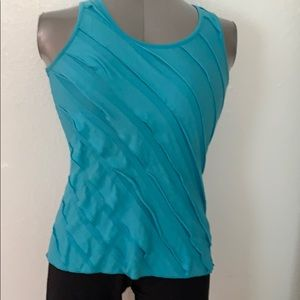 10/$20 cute teal blue top